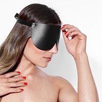 geschlossene Leder-Augenmaske